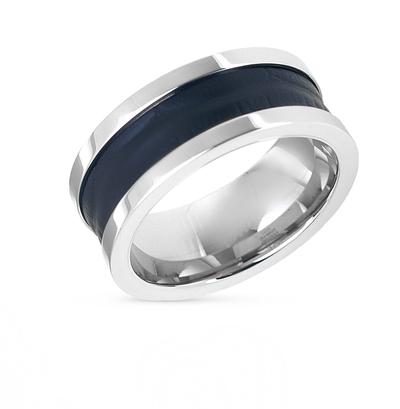 Фото «кольцо из кожи и стали»
